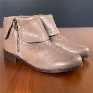 Jacadi Paris, girls ankle booties, size 4